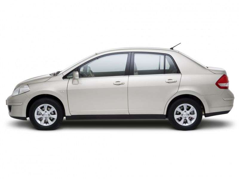 Nissan Versa 1st generation sedan 1.8 AT (2006–2009)