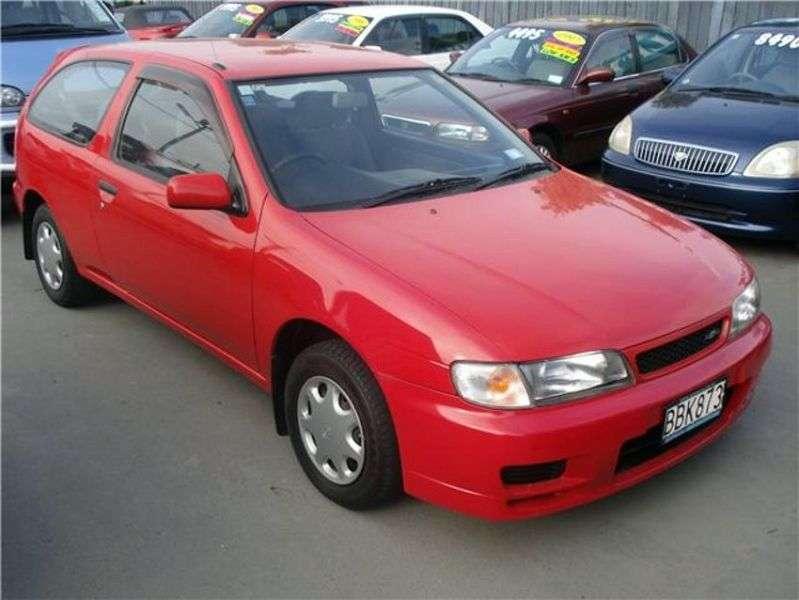 Nissan Lucino 1st generation hatchback 1.8 MT (1995–1998)