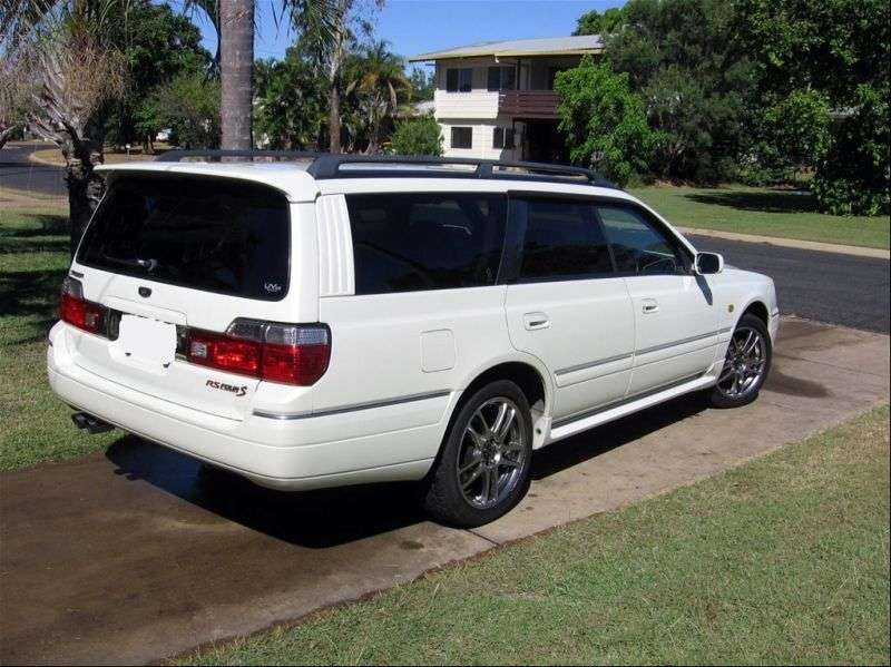 Nissan Stagea WC34 [restyling] wagon 5 dv. 2.5 AT (1998–2001)