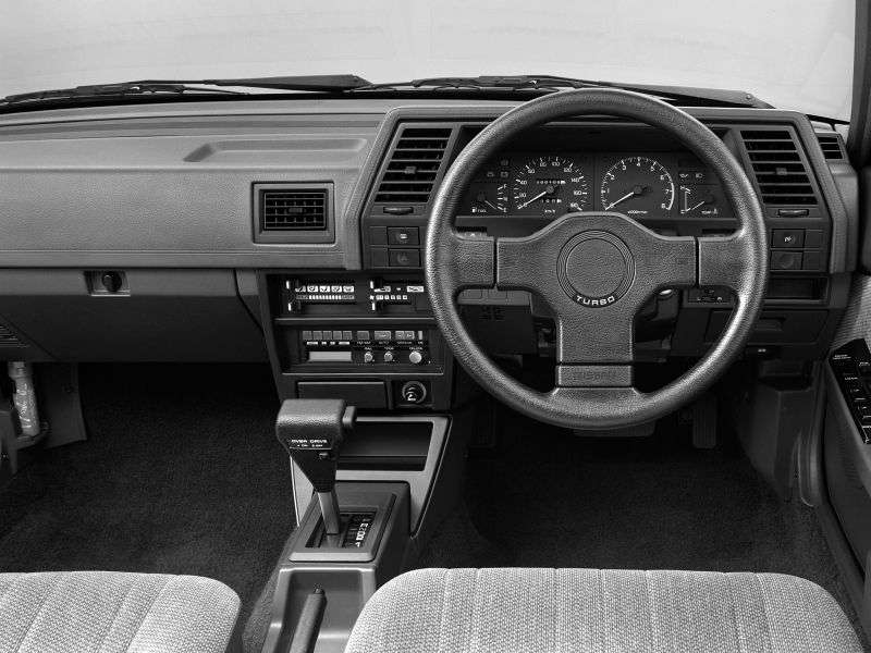 Nissan Sunny B12 sedan 1.3 MT (1986–1991)