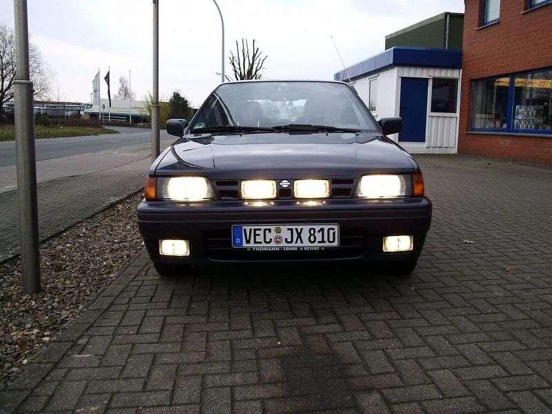 Nissan Sunny N13hetchbek 5 dv. 1.6 MT (1986–1990)