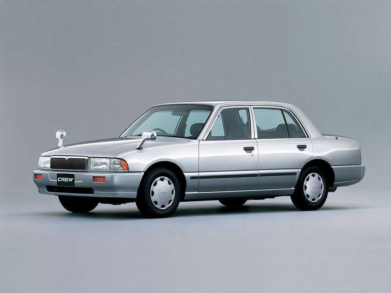 Nissan Crew K30sedan 2.0 AT (1993–2005)