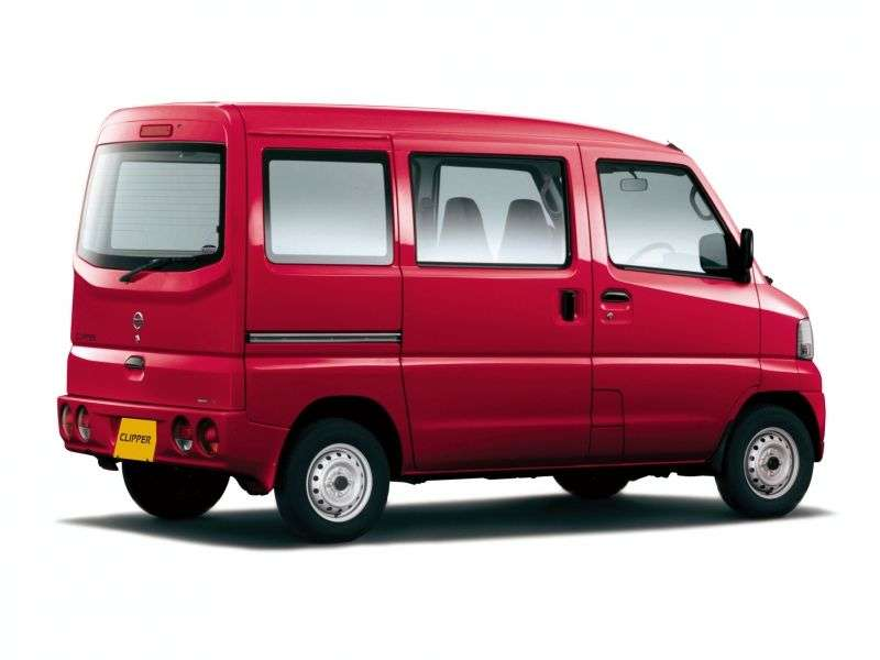 Nissan Clipper U71van 5 dv. 0.7 AT 4WD High Roof (2003–2012)