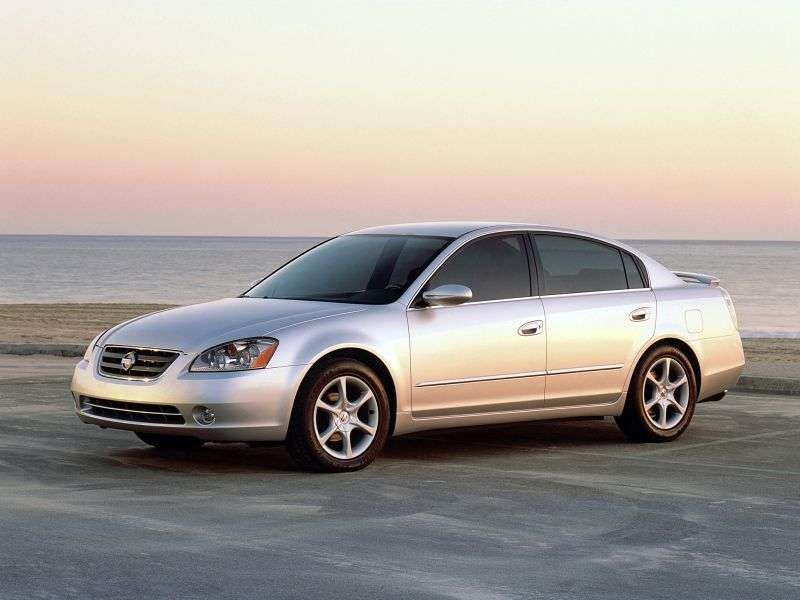 Nissan Altima L31 sedan 2.5 AT (2002–2005)