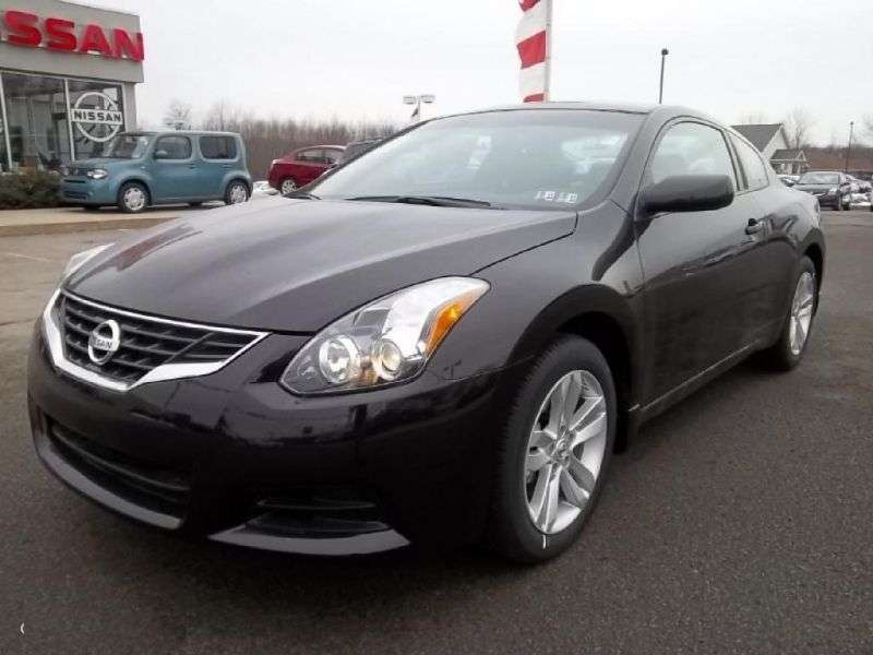 Nissan Altima L32 [restyling] coupe 2.5 MT (2009–2012)