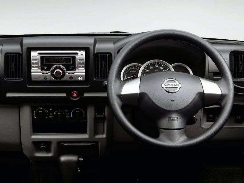 Nissan Clipper U71Rio van 0.7 AT 4WD (2007–2010)