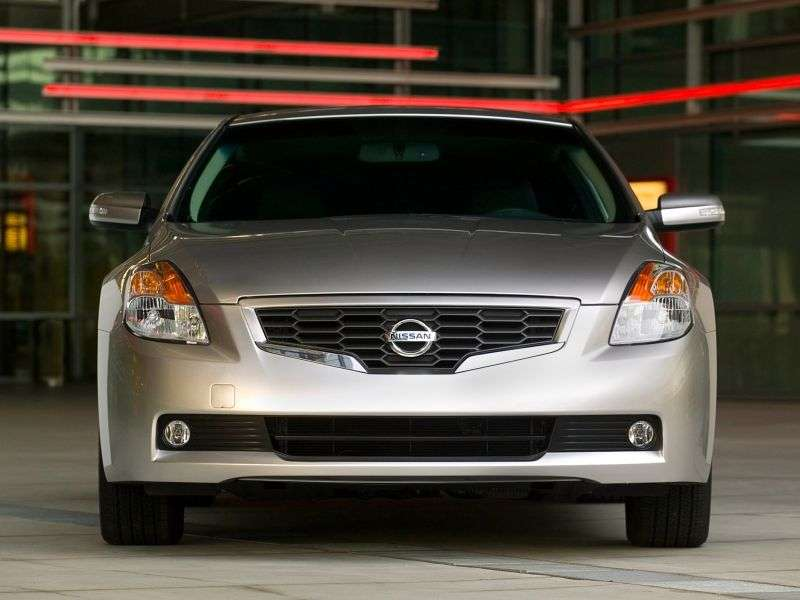Nissan Altima L32 Coupe 2.5 MT (2007–2009)