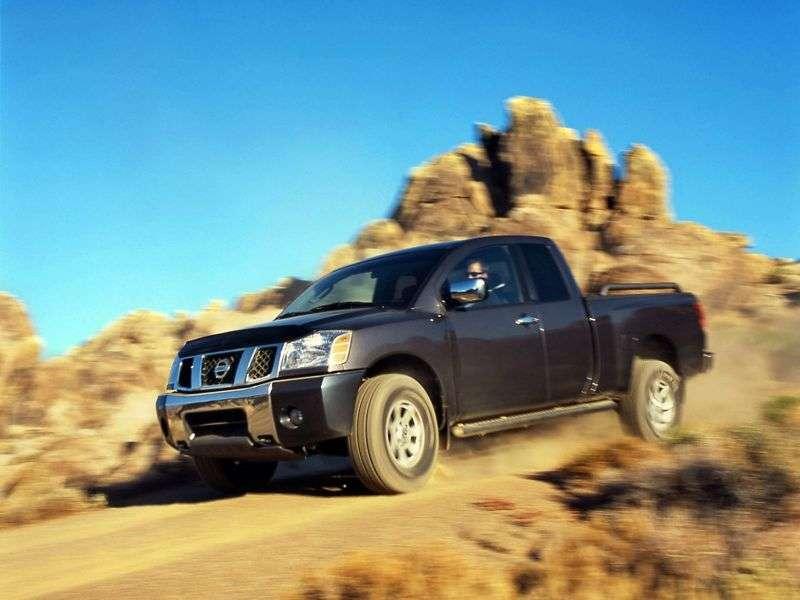 Nissan Titan 1st generation King Cab pickup 4 bit. 5.6 AT (2004–2007)