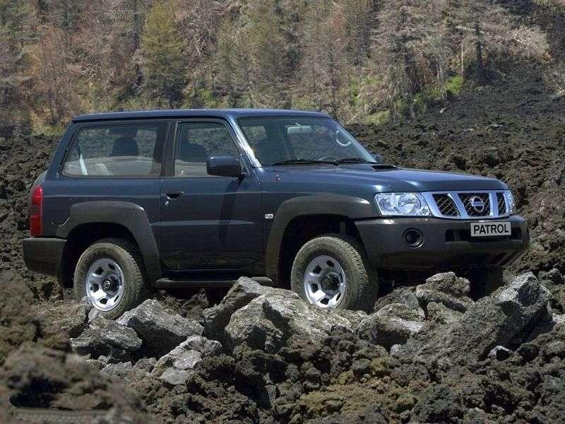 Nissan Patrol Y61 [zmiana stylizacji] SUV 3 drzwiowy. 4.8 Tiptronic (2004 2010)