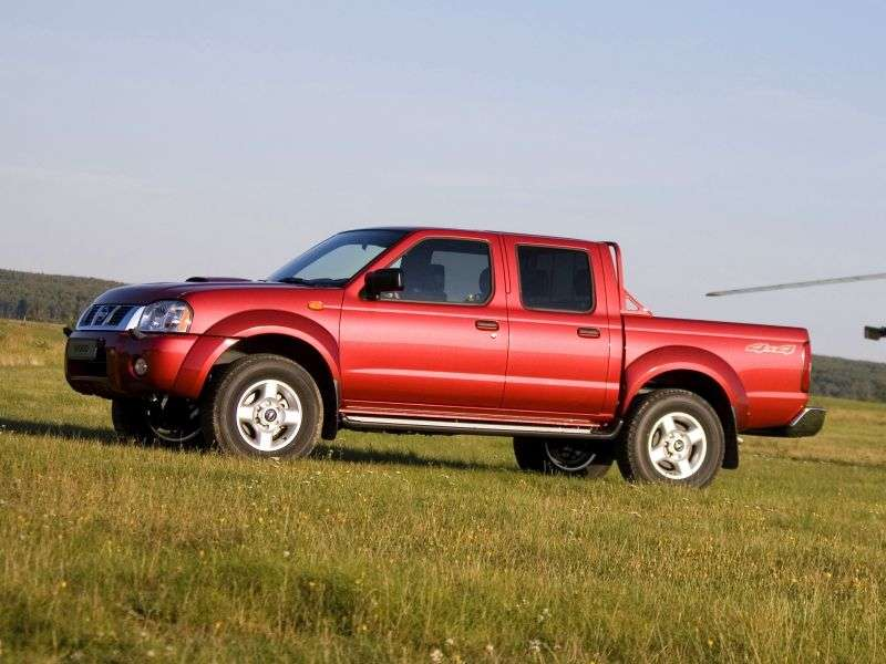 Nissan NP300 1st generation Double Cab pickup 2.5 Turbo dCi MT AWD Base (2013) (2008 – n.)