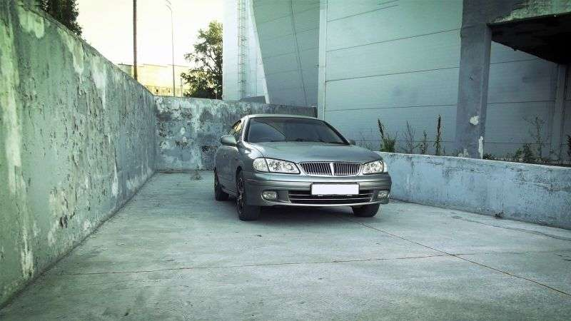 Nissan Bluebird Sylphy G10xedan 1.8 AT (2000–2003)