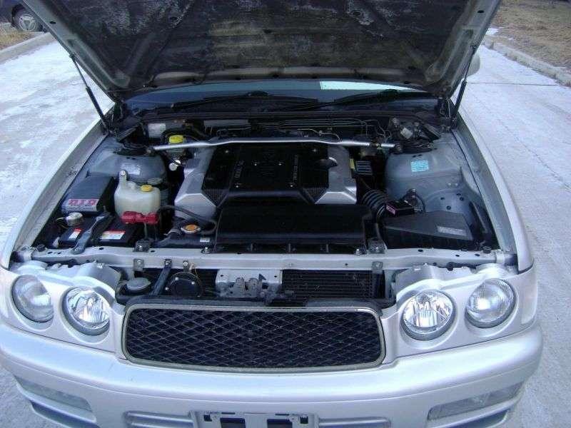 Nissan Cedric Y33Gran Tourismo 3.0 AT Sedan (1996–1997)