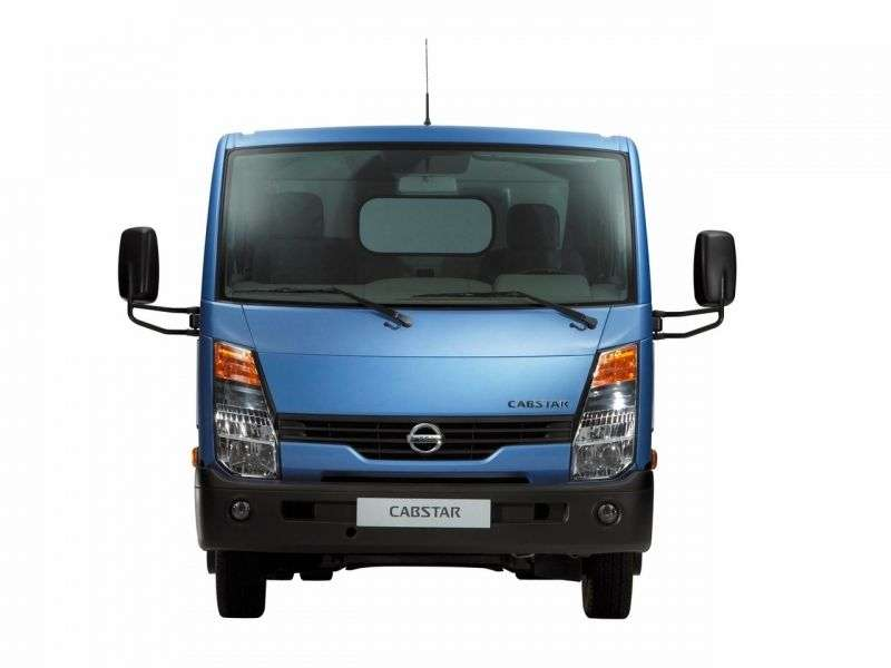 Nissan Cabstar 3rd generation Single Cab board 2 doors 3.0 D MT SWB Comfort (I Q  ) (2012) (2008 – present)