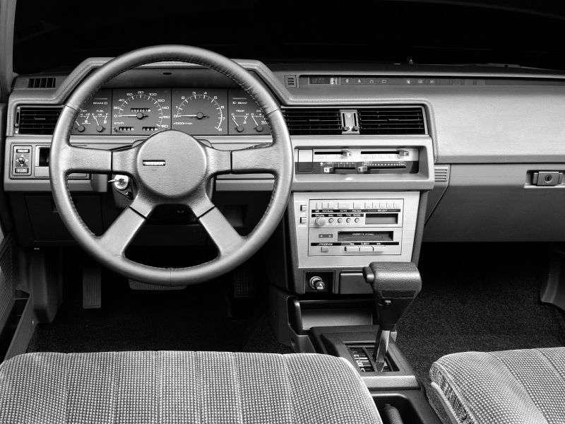 Nissan Bluebird U11 [restyling] sedan 2.0 D AT (1985–1987)