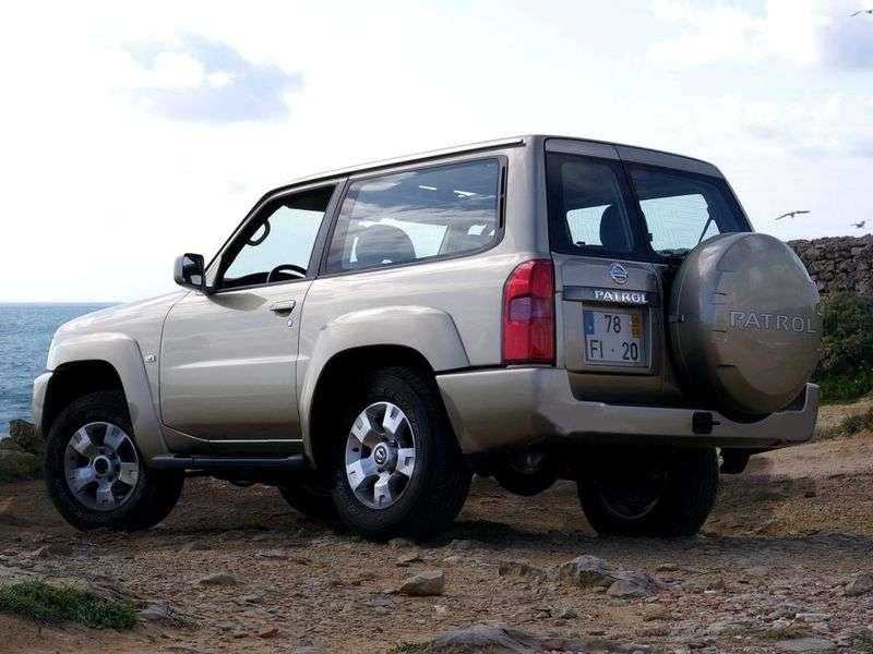 Nissan Patrol Y61 3-bit SUV 3 0 Di MT (1997–2004)
