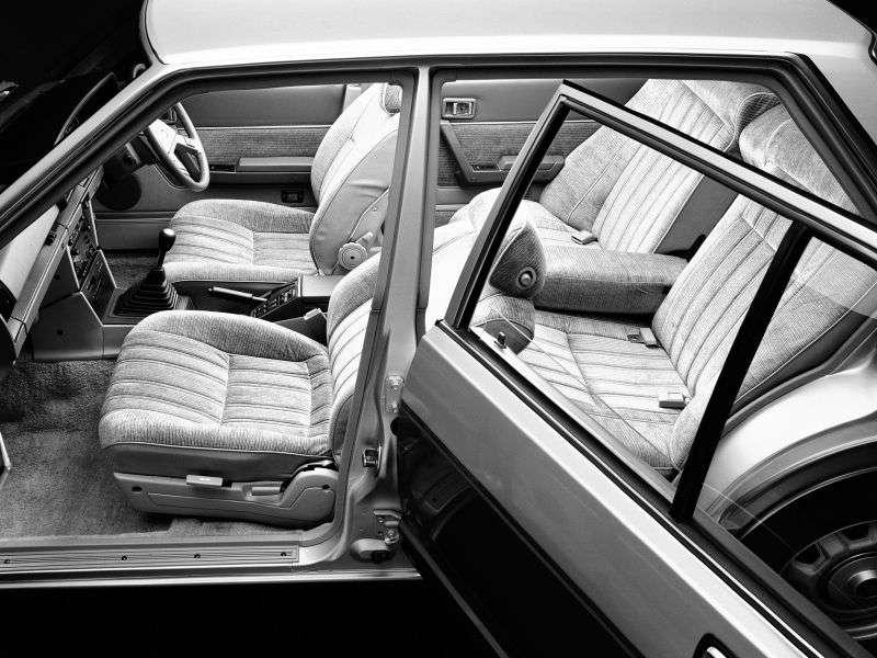Nissan Bluebird 910 sedan 1.6 MT (1981–1984)