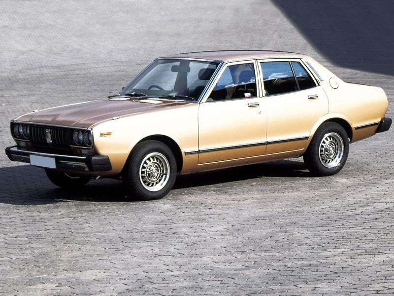 Nissan Bluebird 810sedan 1.8 MT (1976–1978)