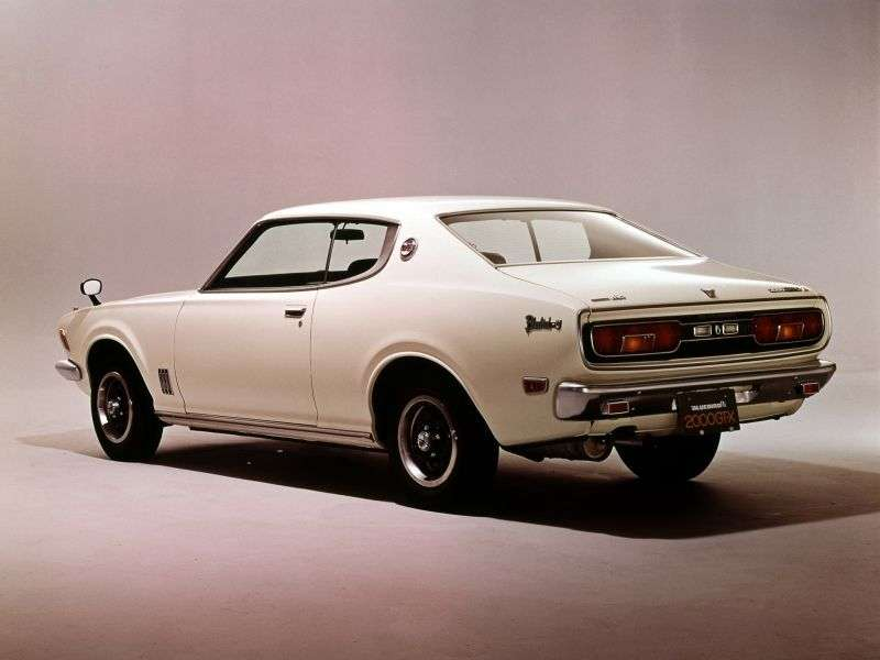 Nissan Bluebird 610 [restyling] 2000 GT hardtop 1.6 SSS E 5MT (1973–1974)