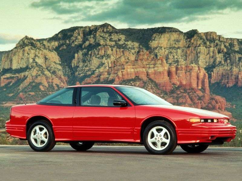 Oldsmobile Cutlass 5th generation Supreme Coupe 2 dv. 3.4 AT (1990–2000)