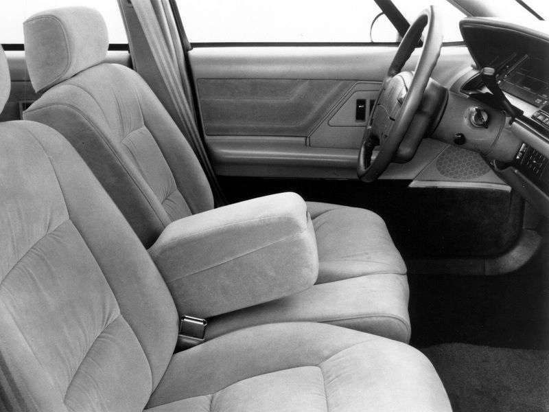Oldsmobile Eighty Eight 11th generation sedan 3.8 AT (1991–1995)