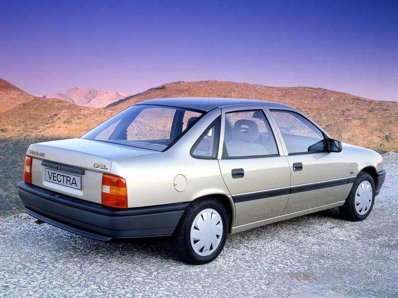 Opel Vectra Asedan 2.0 MT AWD (1989–1990)