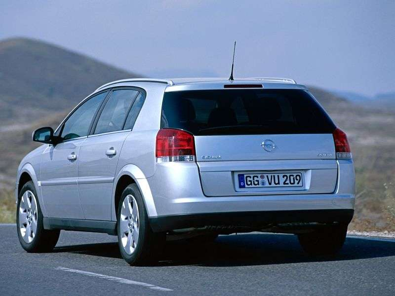 Opel Signum Universal 2.2 DTI AT (2003–2004)