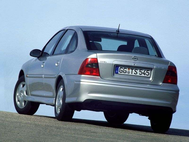 Opel Vectra B [restyling] 4 door sedan 1.8 AT (1999–2002)