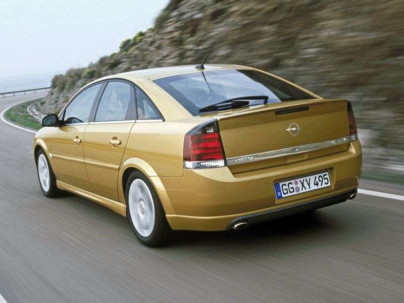 Opel Vectra CGTS Hatchback 2.2 DGi AT (2002–2005)