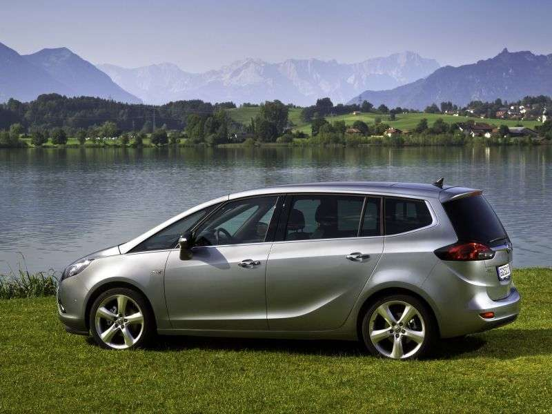 Opel Zafira CTourer Minivan 2.0 CDTI AT Enjoy (2012 – n.)