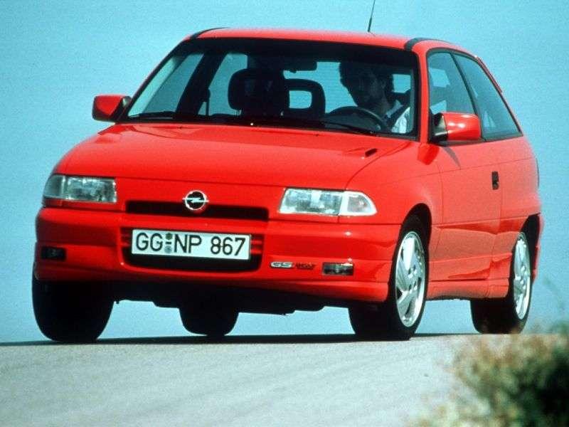 Opel Astra FGSi hatchback 3 dv. 2.0 MT (1991–1994)