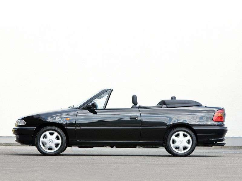Opel Astra F [restyling] 1.6 AT cabriolet (1994–1996)