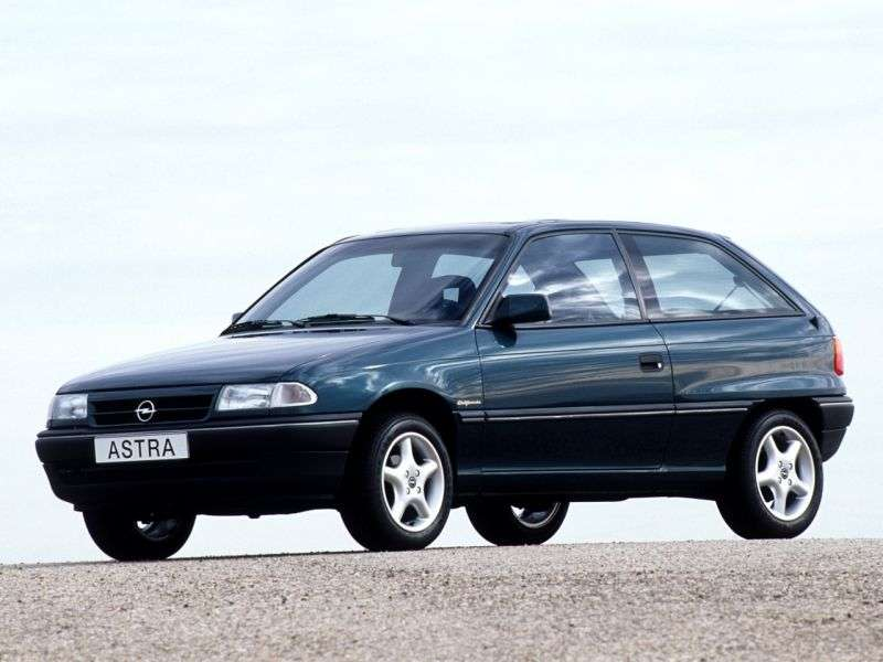 Opel Astra Fetchback 1.4 AT (1991–1994)