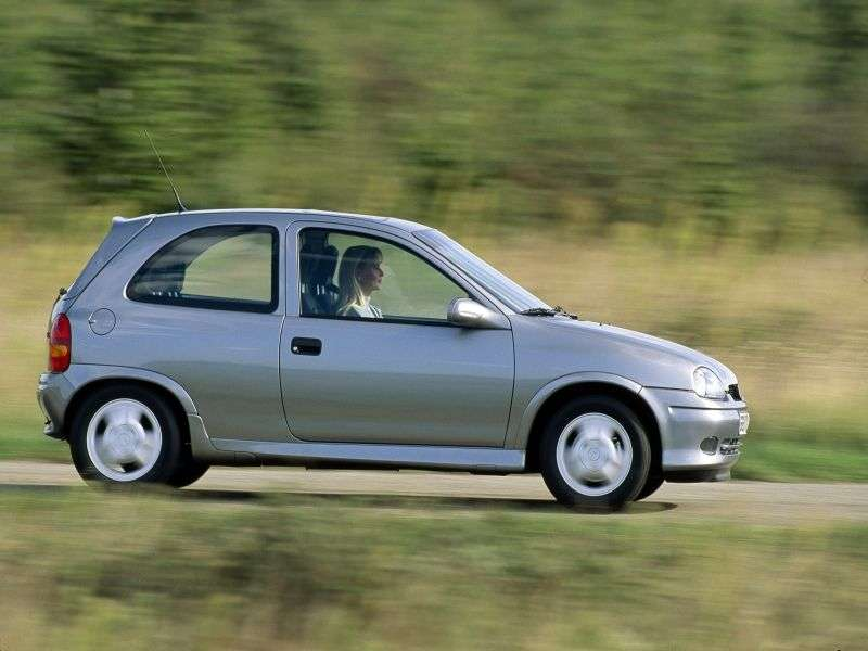 Opel Corsa BGSi Hatchback 3 dv. 1.6 MT (1994–2000)