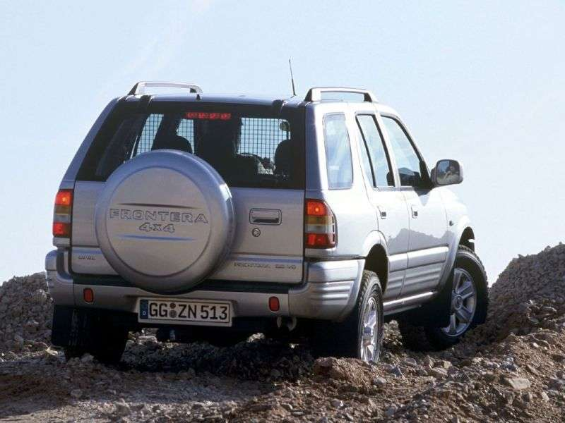 Opel Frontera All terrain 5 doors. 2.2 AT (1998–2004)