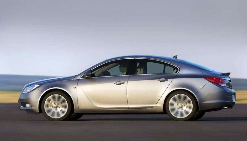 Opel Insignia 1st generation liftback 5 bit. 2.0 Turbo AT 4x4 Elegance (2012 – n.)