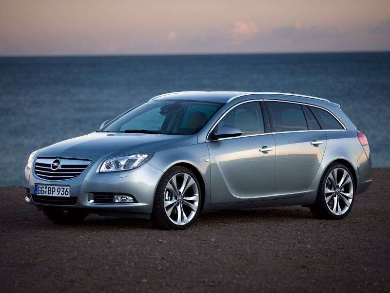 Opel Insignia 1st generation Sports Tourer 5 speed wagon. 2.0 Turbo AT 4x4 Cosmo (2012 – n.)