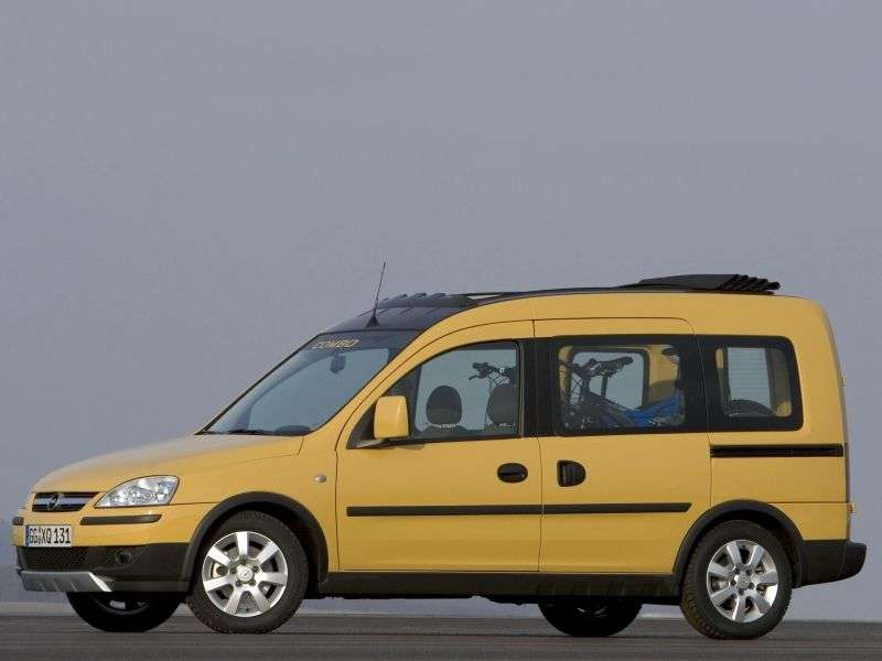Opel Combo C [restyling] Tour Tramp minivan 5 dv. 1.7 CDTI MT (2005–2011)