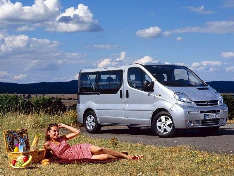 Opel Vivaro 1st generation Minibus 2.5 CDTI MT L2H1 2900 (2002–2006)