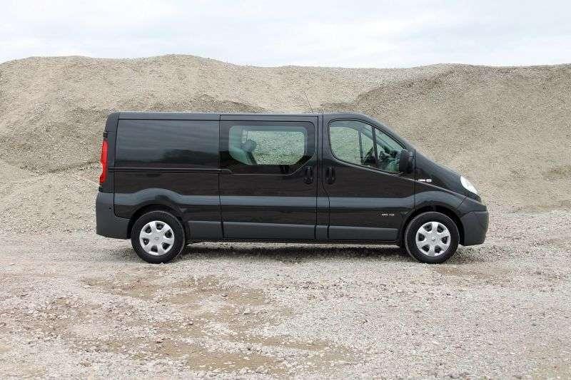 Opel Vivaro 1st generation [restyled] Combi van 4 dv. 2.0 CDTI L2H1 MT (2006 – present)
