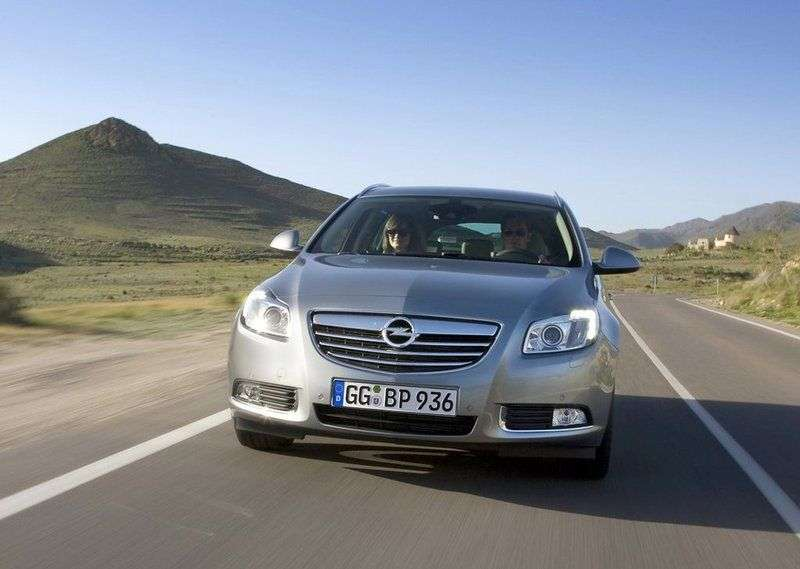 Opel Insignia 1st generation Sports Tourer 5 speed wagon. 2.0 Turbo MT 4x4 Elegance (2009–2011)