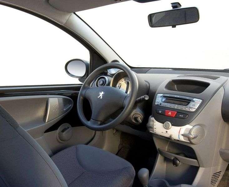 Peugeot 107 1st generation hatchback 5 dv. 1.4 MT HDI (2005–2008)
