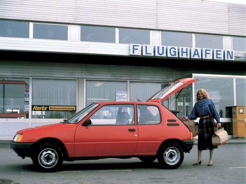 Peugeot 205 1st generation hatchback 3 dv. 1.1 MT (1983–1998)