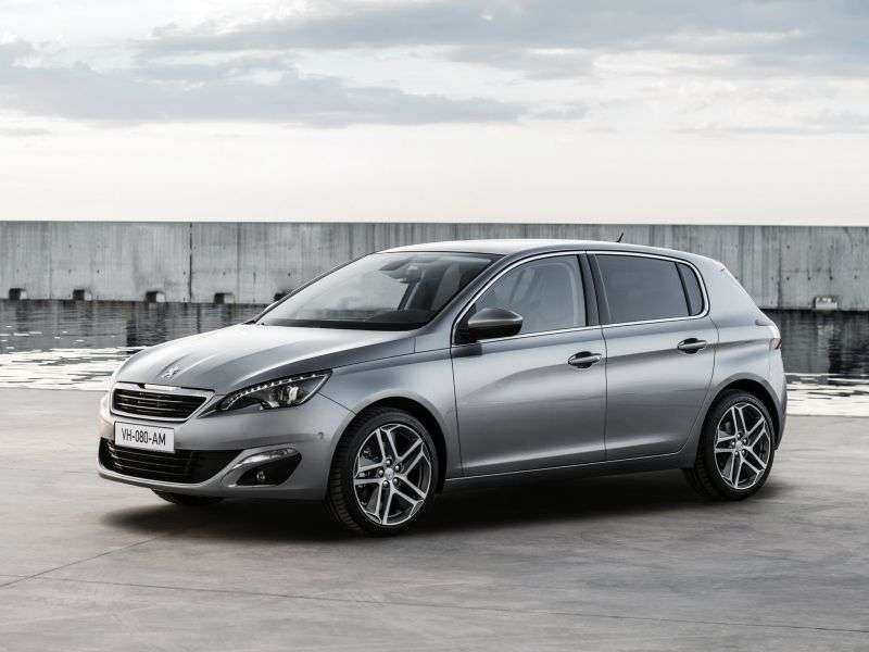 Peugeot 308 2nd generation hatchback 1.2 VTi MT (2013 – n.)