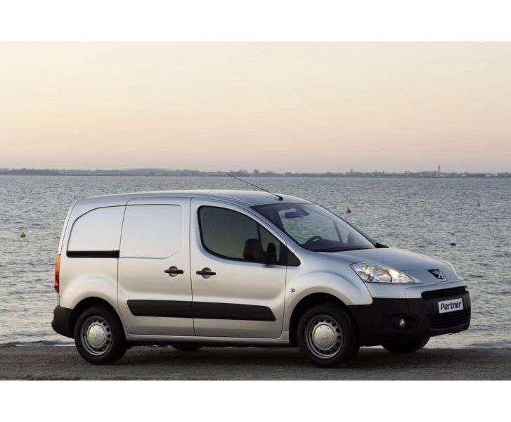 Peugeot Partner Tepee [restyled] VU base 1.6 MT (2012 – n.)
