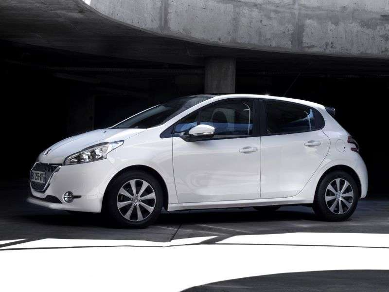 Peugeot 208 1st generation hatchback 5 dv. 1.4 HDi MT (2012 – current century)