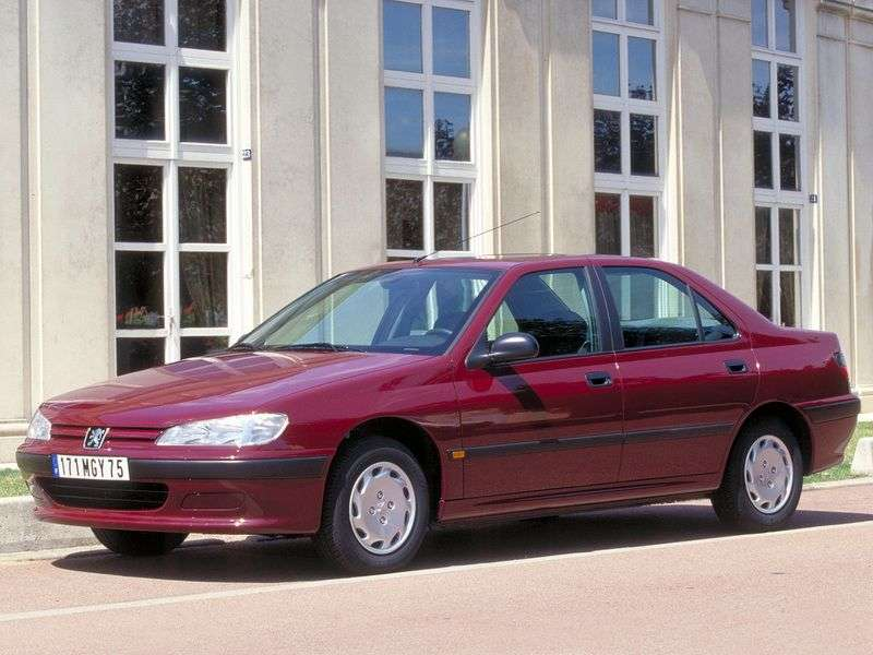 Peugeot 406 1st generation 1.8 MT sedan (1997–1999)