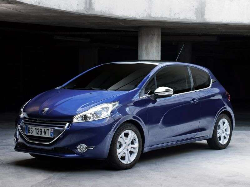 Peugeot 208 1st generation hatchback 3 dv. 1.2 VTi MT Allure (2012 – current century)