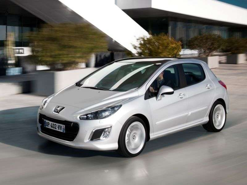 Peugeot 308 1st Generation [Restyled] Hatchback 1.6 AT Active (2013) (2011 – n.)