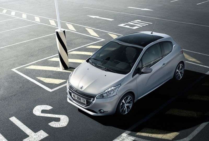 Peugeot 208 1st generation hatchback 3 dv. 1.4 HDi MT (2012 – current century)