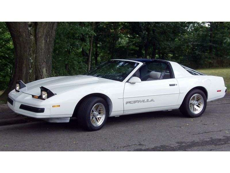 Pontiac Firebird 3rd generation [restyling] Formula T Roof targa 5.0 MT (1986–1987)